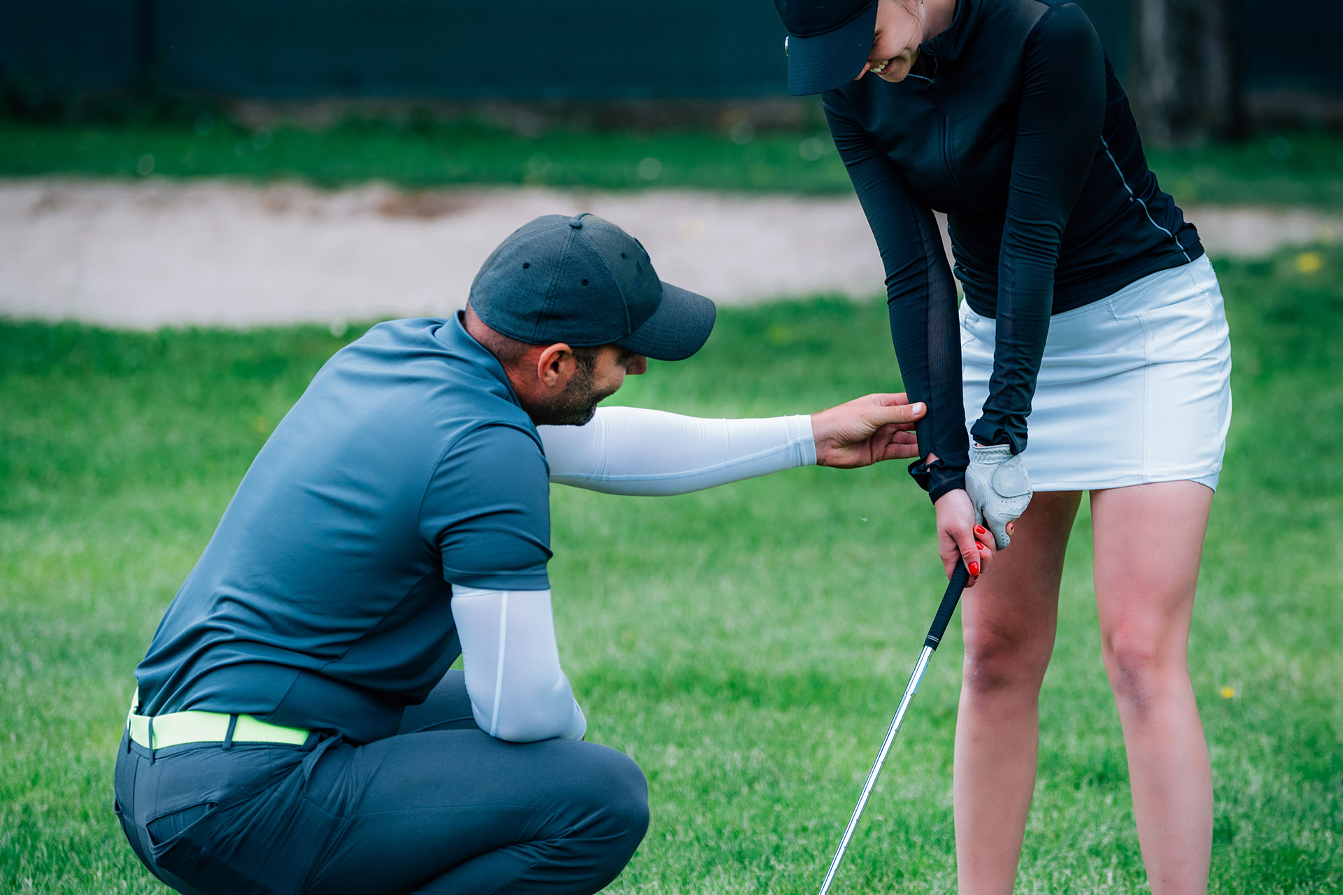 How To Grip A Golf Club - The Right Way • Fairway Friend